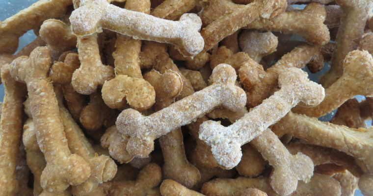 Doggy Vegan treats: Peanut Butter Bones